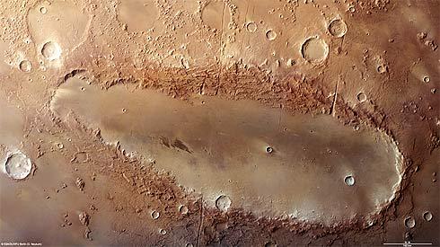 Cratera Orcus Patera, Marte