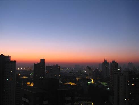 Smog fotoquímico em São Paulo - Face Leste - Poluição e Baixa umidade do ar