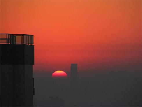Smog fotoquímico em São Paulo -Nascer do Sol - Poluição e Baixa umidade do ar