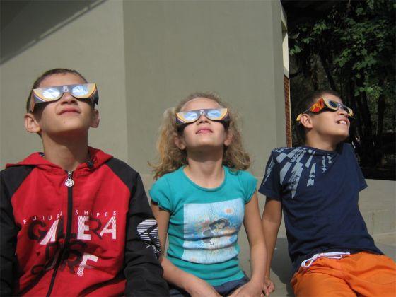 Óculos para ver o Sol