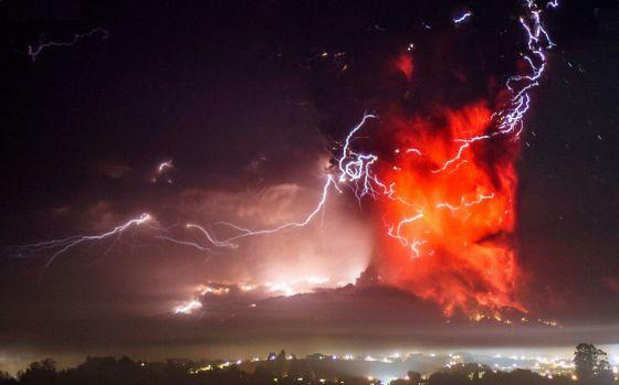Raios Vulcanicos no Vulcao Calbuco