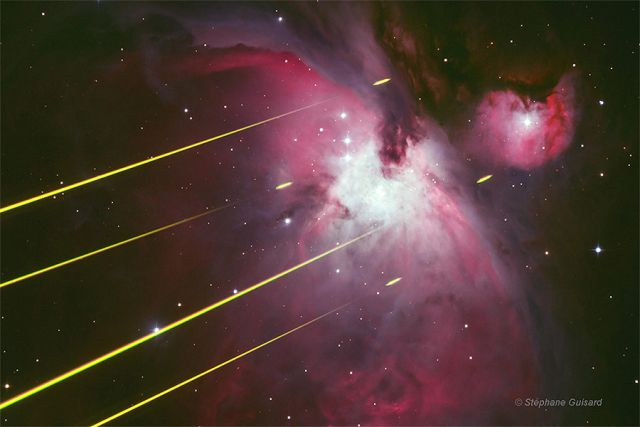 Nebulosa de Orion M42 e raios laser